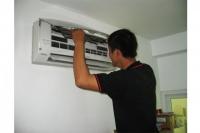 Dịch vụ vệ sinh máy lạnh tại quận 9